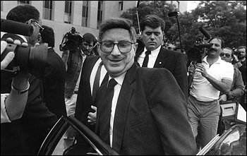 David Kimche Dies; Israeli Spy Involved in Iran-Contra Scandal