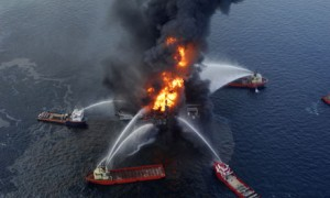 Gulf Oil Spill: Firms Ignored Warning Signs Before Blast, Inquiry Hears