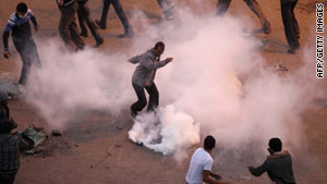 Egypt: Controversial Tear Gas Canisters Made in the USA