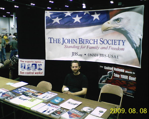 John Birch Society Extremism Never Dies: The Fortune Behind Scott Walker's Union-Busting Campaign