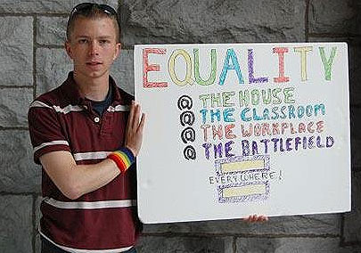 Bradley Manning Torture: Obama Ignores Criticism By UN Rapporteur And 300 Legal Experts