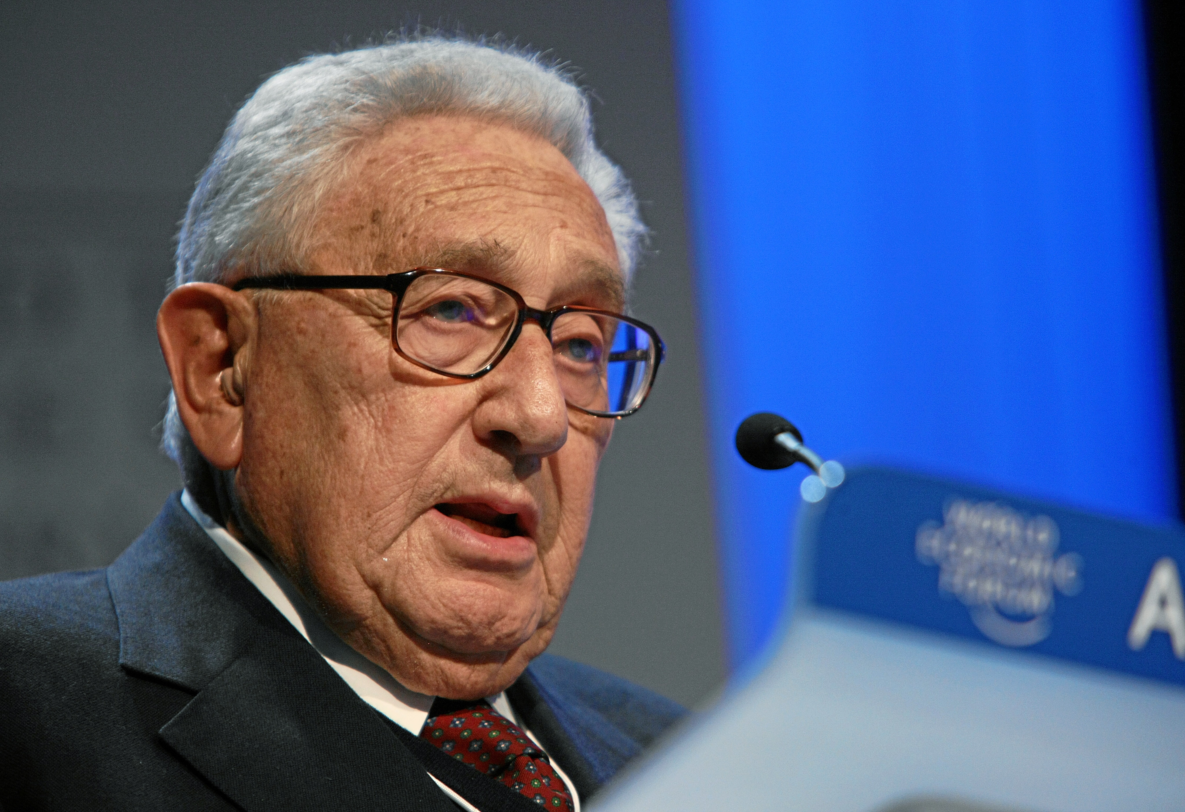 Kissinger Woos Russia for Obama » The Constantine Report