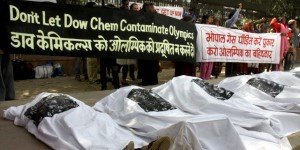 Wikileaks: Stratfor Spied on Bhopal Activists for Dow Chemical Co./Summary of the E-Mails/Video