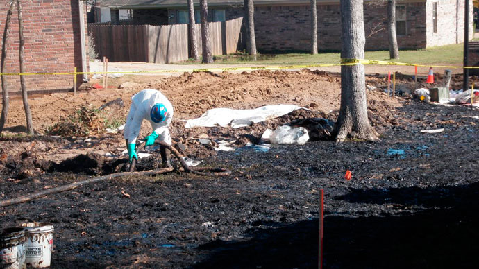 Arkansas Oil Spill: ExxonMobil Keeps Quiet as Residents Report Increasing Health Problems