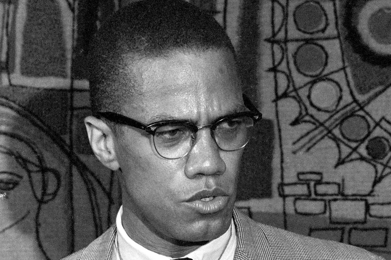 malcolm x essay outline malcolm x learning to essays questions satkom info dbq essay how democratic was andrew jackson