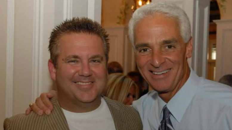 Charlie Crist (right) and Scott Rothstein (AP photo)