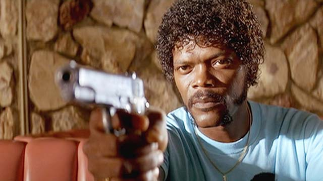 "Samuel L. Jackson Calls Republicans ""Do-Nothing Assholes,"" Praises Hillary and Bernie"