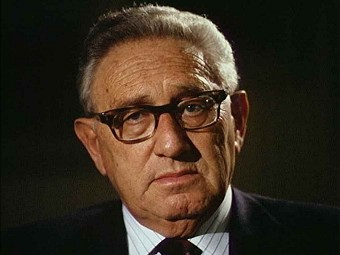 Kissinger Woos Russia for Obama